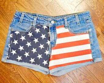 Handmade One-Of-A-Kind USA Flag Levi's Jean Shorts - Vibrant Retro Flag 80's Jorts - Women's 9