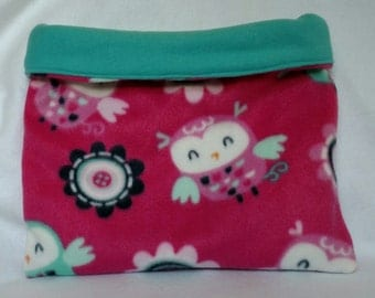 Pretty lil hooter cozy bag