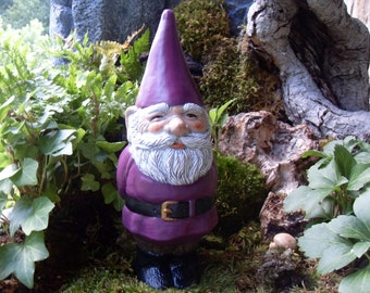 Garden Gnome, Hand Painted Vintage Style Gnome Statue,Garden Gnome Statue,Outdoor Garden Gnome,Concrete Gnome, Gnome Gardens Cement