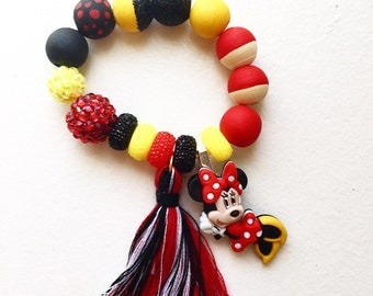 Minnie Mouse bracelet, minnie mouse, girls gift, party favors, girls bracelet, girls jewelry, hand painted wood beads
