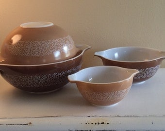Set of 4 Vintage Pyrex Woodland Brown Cinderella Nesting Bowls