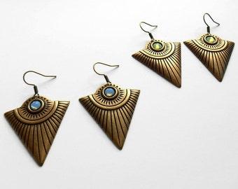 Geometric Earrings -  Antique bronze Earrings - Triangle earrings