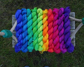 Variegated Sparkle Rainbow Miniskein Gift Set, 10 x 5g bright colours merino nylon blend sock mini skeins with silver stellina