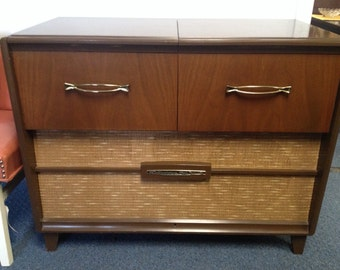 Vintage Record Player Console/ Stereo by RCA Victor High Fidelity