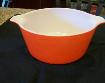 Vintage Pyrex Primary Red 2.5 qt Casserole/Mixing Bowl