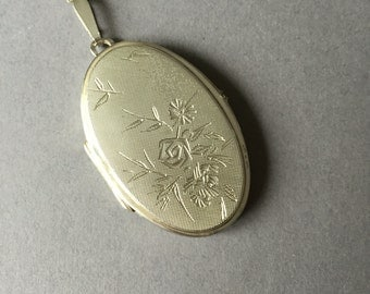 Large Sterling Silver Hand Engraved Picture Locket