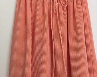 VTG peach pleated skirt / medium