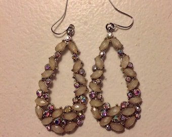 Vintage Teardrop Earrings, Very unique and Sparkly, Well made and strong