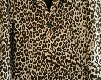 Funky, Stylish leopard print coat SIZE 16-Lined, Fitted. GORGEOUS