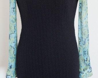 Little black  dress  in black wool