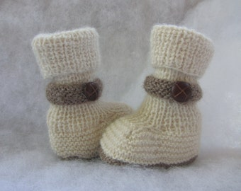 Hand knit alpaca baby booties. Size 1-3 months.