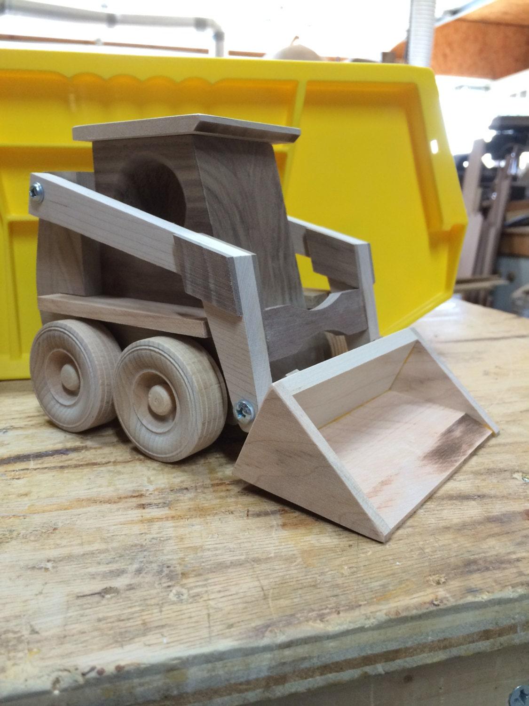 Juguete de madera artesanales skidloader - Muebles de juguete en madera ...