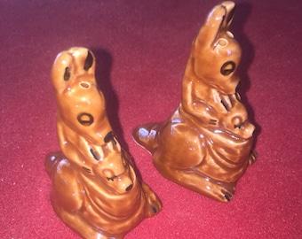 Vintage brown ceramic kangaroo and Joey salt and pepper shakers