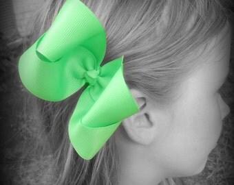Green Hair Bow, Green Boutique Hair Bow, Green Hairbow, Green Hair Clip, Boutique Hair Bow, Hairbows, School Hair Bow, Hair Bows for Babies