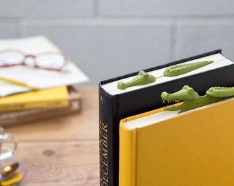 Crocodile Bookmark -Designed Bookmark -Humoristic Bookmark