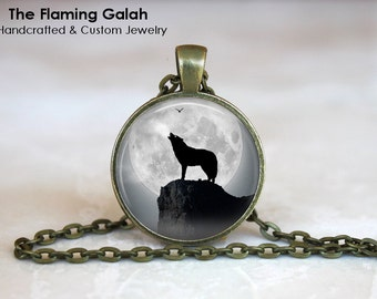 WOLF in the MOONLIGHT Pendant • Wolf Silhouette • Wolf and Full Moon • Wolf Shadow • Gift Under 20 • Made in Australia (P0325)