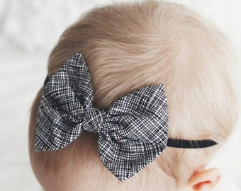 Black & White Thatched baby bow