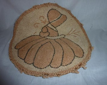 Vintage Hooked Chair Pad Sun Bonnet Sue