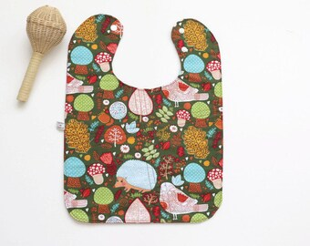 Large baby or toddler bib. Green cotton with woodland animals. Laminated cotton back. Shower gift. Gender Neutral. Ready to ship