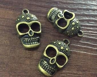 20  pcs  Skull Charms   ,  Gothic Skull Charms   , Sugar Skull Charms