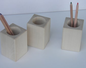 Pen holder from pale maple wood