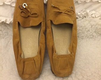 Salvatore Ferragamo shoes in size 7M