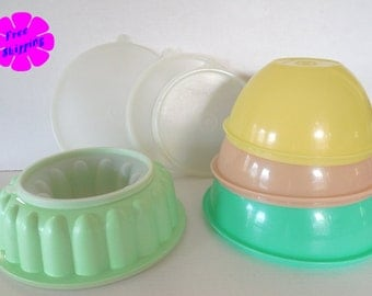 Vintage Tupperware Collection ~3 Nesting Bowls Plus Jello Mold all with Lids
