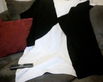 Throw blanket / checkered black & white