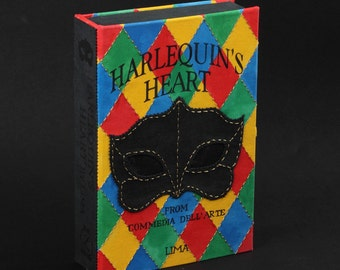 Bookclutch in limited edition; Heart of Harlequin 2