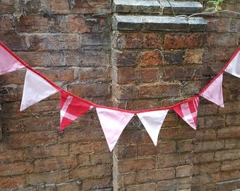 Pink & red bunting