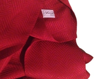 Red Silk Chevron Saks Fifth Avenue Scarf / Echarpe