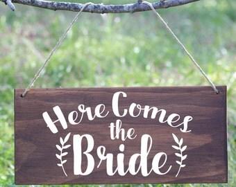 Here Comes the Bride wood sign, Ring Bearer Sign, Flower Girl Sign, Bohemian Wedding Sign, Boho Wedding Sign, Boho Here comes the bride sign