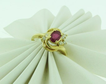 Vintage 14 K gold ruby and diamond ring