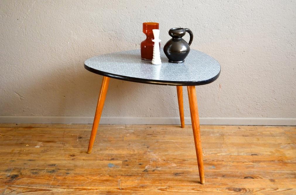 table gu ridon tripode pi tement compas plateau formica. Black Bedroom Furniture Sets. Home Design Ideas