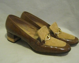 Vintage 60s MOD Era SELBY Chunky Heeled Patent LOAFERS with Suede Trim Square Toe and Buckle Detail  Size 8.5