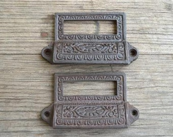 A pair of Edwardian style cast iron label holder drawer pulls AL16