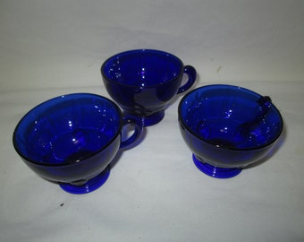 Vintage Blue Moondrop Coffee Tea Cups Set of 3 Mint Condition Cobalt blue glass