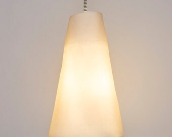 Clean & Plain Porcelain Pendant Light