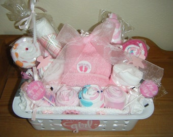 Onesie/Washcloth Gift Basket/Baby Shower Gift/Baby Shower Gift Basket/New Mommy and Baby Gift