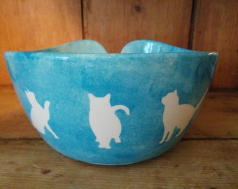 Hand Painted Ceramic Large Yarn Bowl Cats Kitten Pattern Can be Personalised Various Colours Availble.
