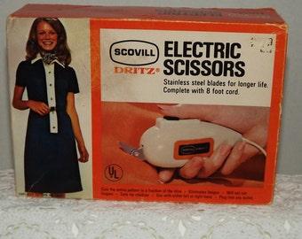 Scovill Dritz Electric Scissors Complete with 8 Foot Cord in Original Box