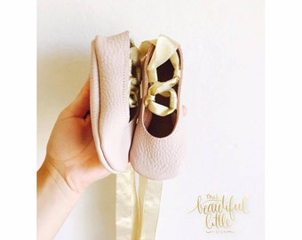 Baby girl shoes toddler girl shoes infant shoes soft soled shoes wedding shoes flower girl shoes lace up shoes-  Ballerinas