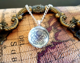 Cthulhu Pendant Necklace - Call of Cthulhu - H.P. Lovecraft - Horror - Pentacle - Arkham Horror - Gods of Chaos and Madness