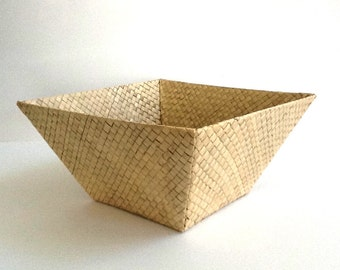 Woven Square Bamboo Basket with Slanted Sides, Woven Basket, Fruit Basket, Bread Basket