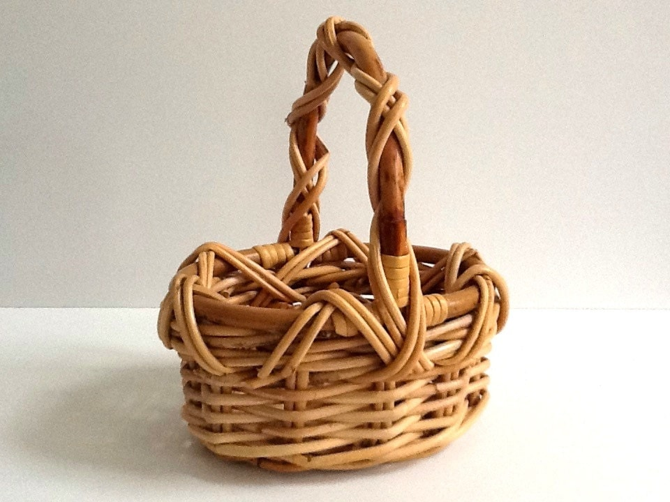 Tiny Wicker Basket With Handle : Small woven wicker basket bentwood handle rim natural
