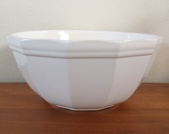 "Pfaltzgraff Heritage White 10"" Stoneware Mixing Bowl"