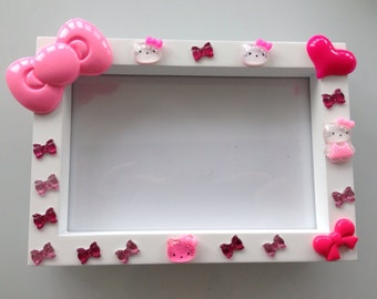 HELLO KITTY Photo FRAME - Hand decorated - to fit 6x4 photo's.