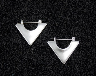 AVES hoop earring in sterling silver