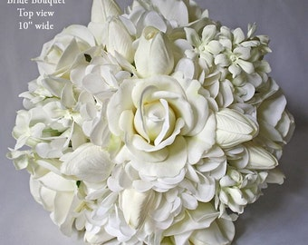 White, off-white, bouquet, tulip/tulips, rose/roses, stephanotis/jasmine, hydrangea, Real Touch flowers, silk, wedding, Bride, Groom