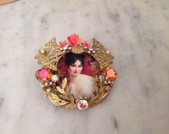 Statement ring, Juliette Récamier,swarovski ,Miriam Haskell's brass elements, pearls and rare cabs